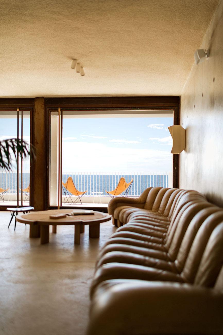 hotel les roches rouges. Black Bedroom Furniture Sets. Home Design Ideas